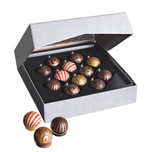 Heston from Waitrose The Edibaubles Chocolate Collection - Christmas 2017