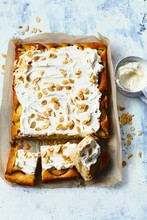 Peach & almond tray cake with cheesecake frosting
