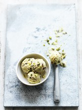 ​Pistachio & cherry ice cream with ginger nuts